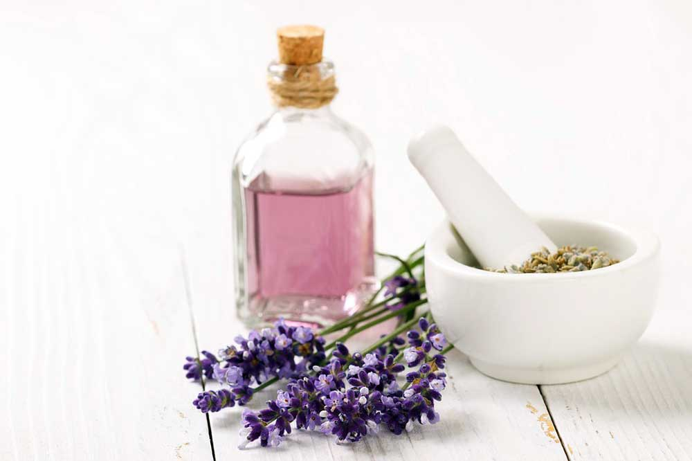 using essential oils for insomnia